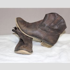 American Rag Corrale Ankle Boot Brown Size 9